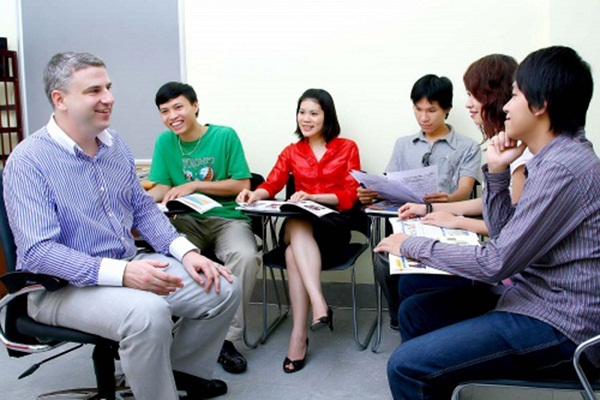 Lớp học tiếng Anh giao tiếp tại Dream sky