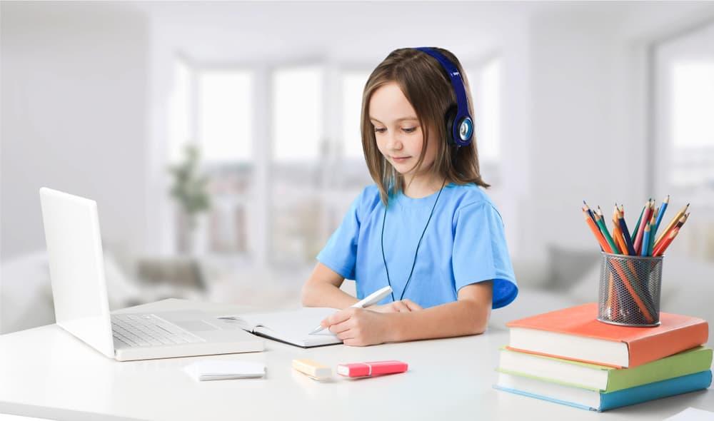 Học tiếng Anh trẻ em online như thế nào hiệu quả?